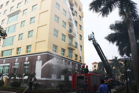 Tập huấn nghiệp vụ phòng cháy chữa cháy năm 2017